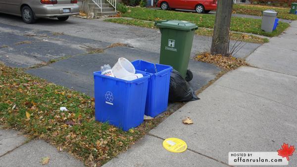 Tong Sampah Kitar Semula